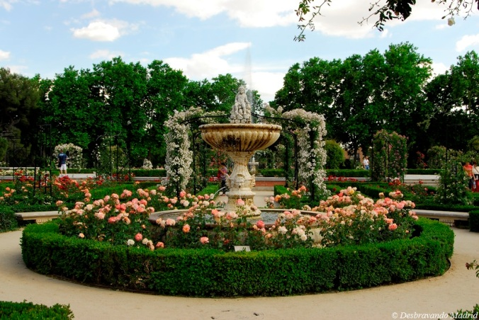 rosaleda parque retiro madrid