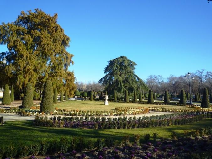 parque retiro madrid jardim curiosidades parterre arvore mais velha